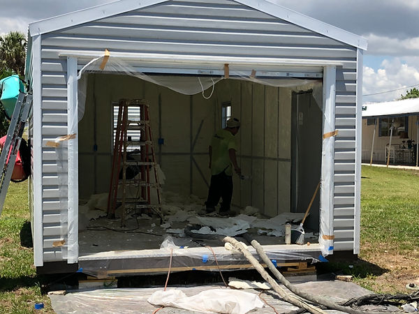 How to insulate metal building