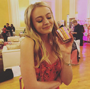 _savannahkennick soaking in the coconut and lime at the _daytimeemmys gifting suite on Saturday.jpg