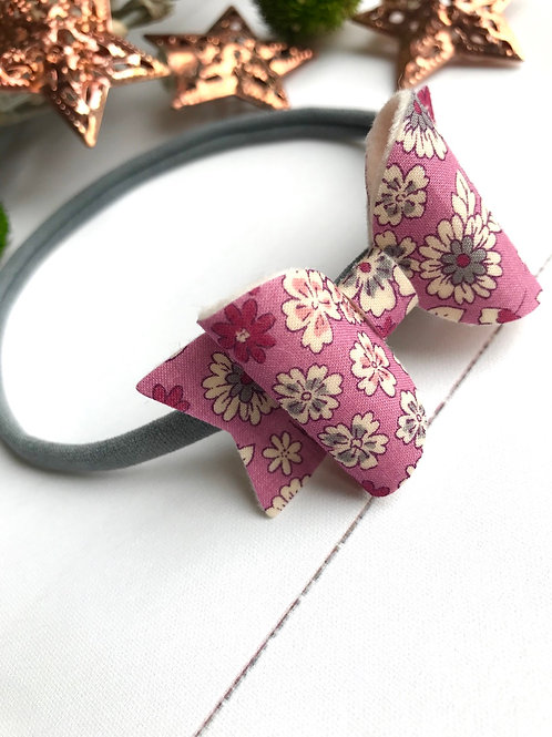 Dusty Pink Daisy Bow