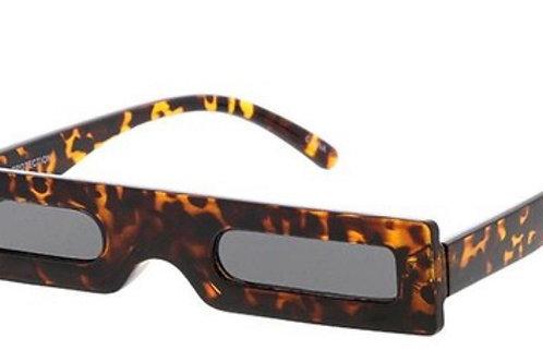 """""""influencer"""" sunglasses"""