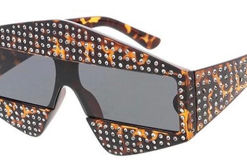 """edgy"" sunglasses"