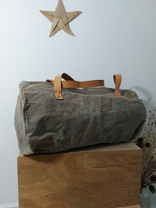 Large duffle bag, grey waxed canvas with long natural leather handles
