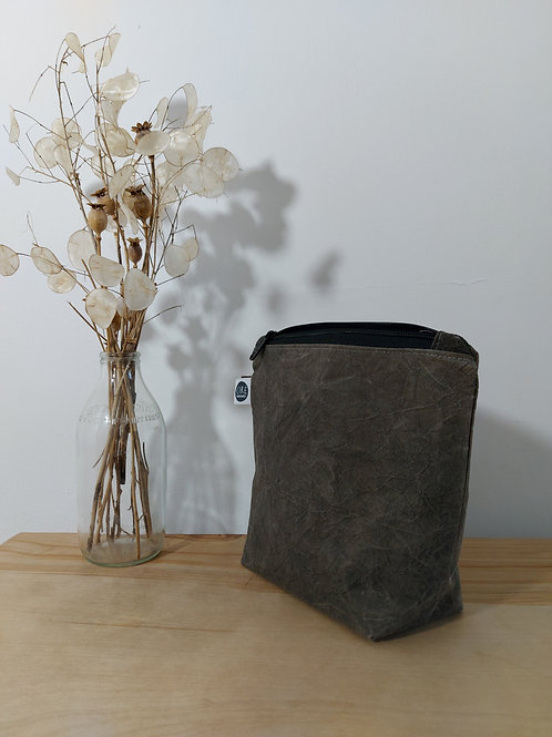 Dark grey washbag