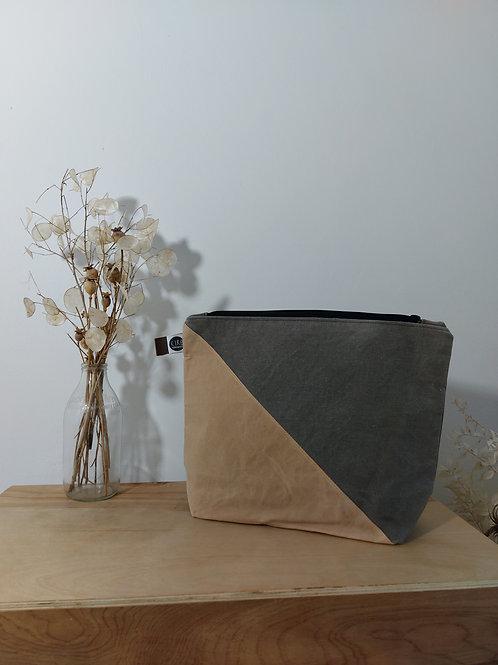 Medium pink and grey washbag