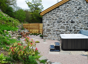 Making the most of your stay (hot tub)