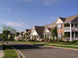 The daytime streetscape of Old Suwanee