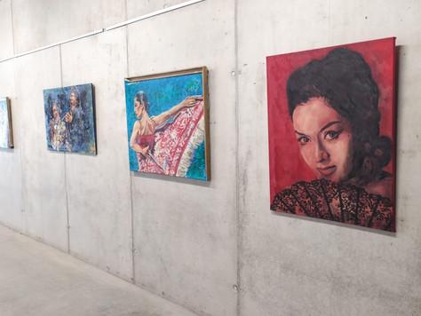 El pintor Pedro Juan Rabal hace un recorrido por «La Mujer y el Flamenco» en su nueva exposición en