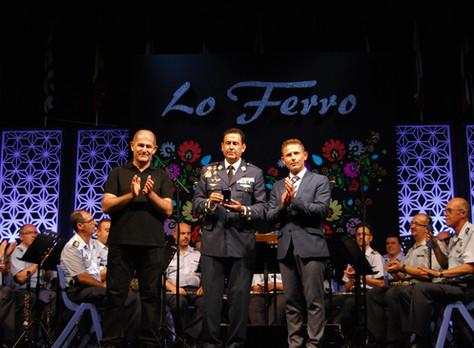 El coronel de la Academia General del  Aire hace vibrar a Lo Ferro con el pregón de su XXXIX festiva