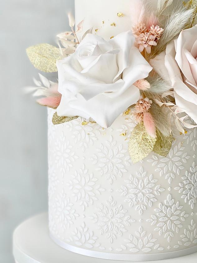 Close up floral wedding cake.jpeg