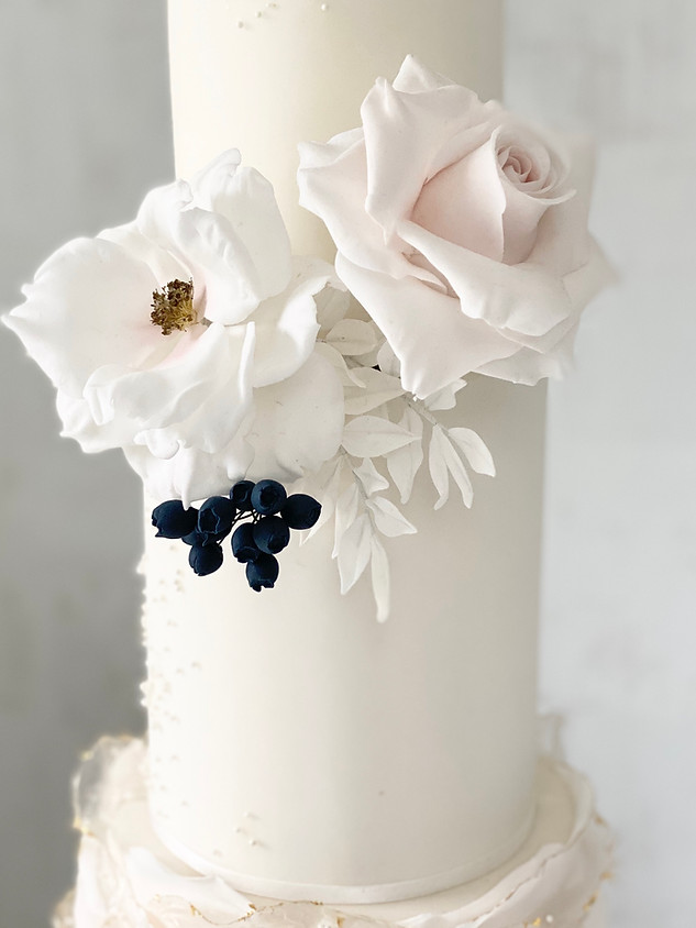 Sugar roses white and blush