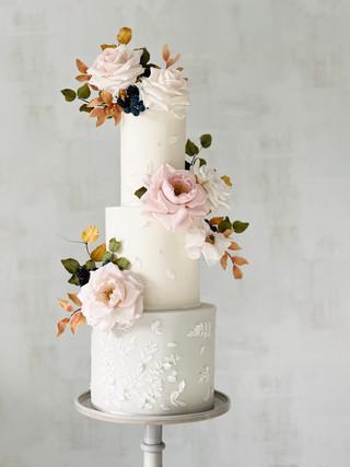 Autumn 3-tier wedding cake .jpeg