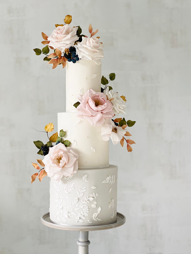 Autumn 3-tier wedding cake .jpeg