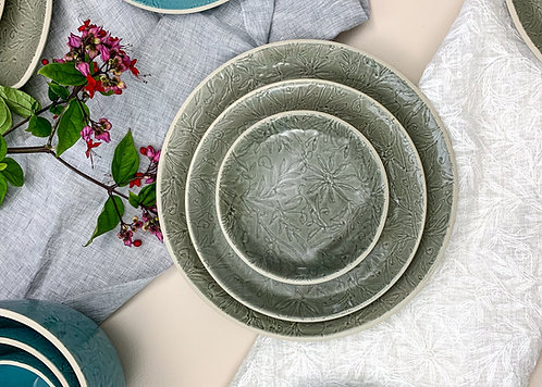 Vastra Dinner Plate- Grey