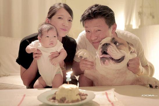 虎克 一歲生日快樂 -全家福