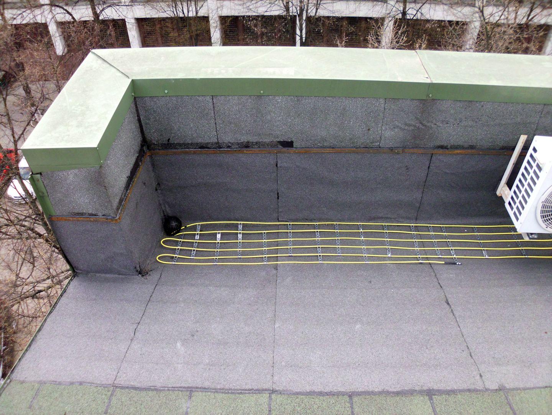 Degivrare la pâlnii, acoperiș plat