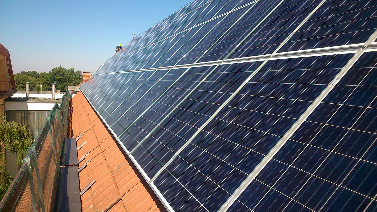 bekes-megye-napelem-rendszer-kivitelezo-forgalmazo-33kw