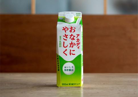 P_雪メグ_牛乳-10.jpg