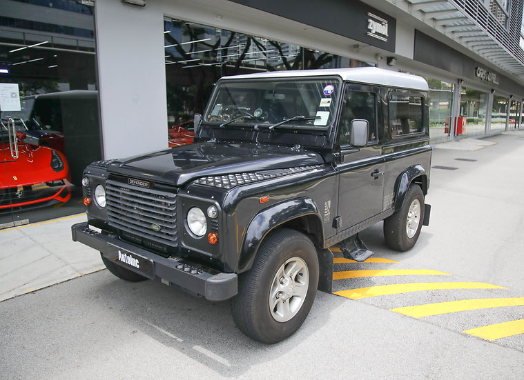 2005 Jul Land Rover Defender