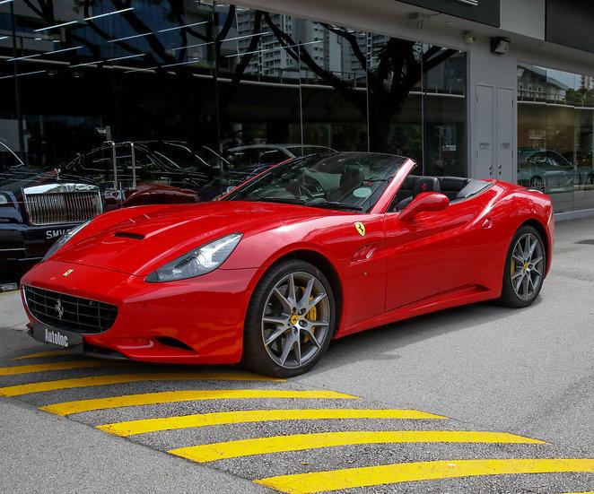 2011 Nov Ferrari California