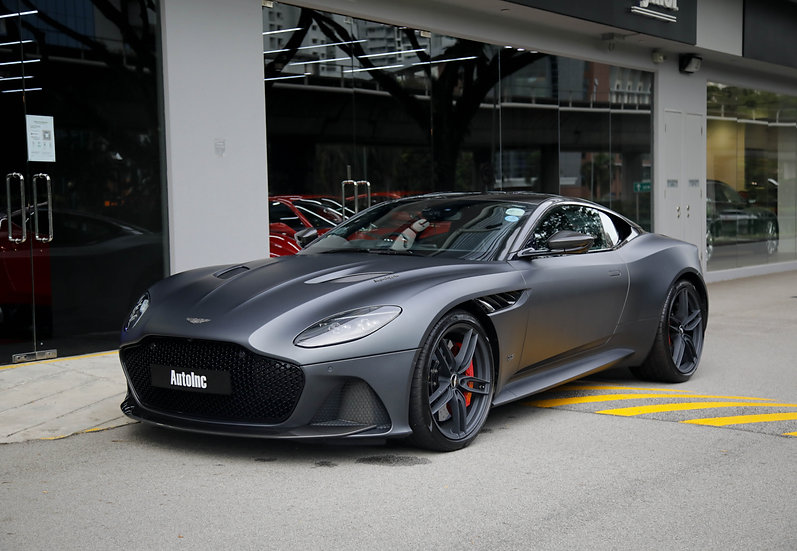 2019 Jan Aston Martin DBS Superleggera