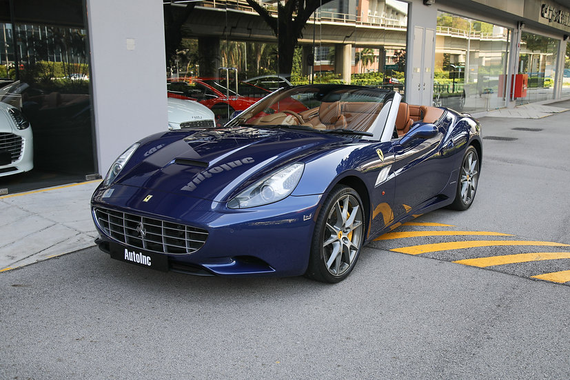 2011 Jun Ferrari California