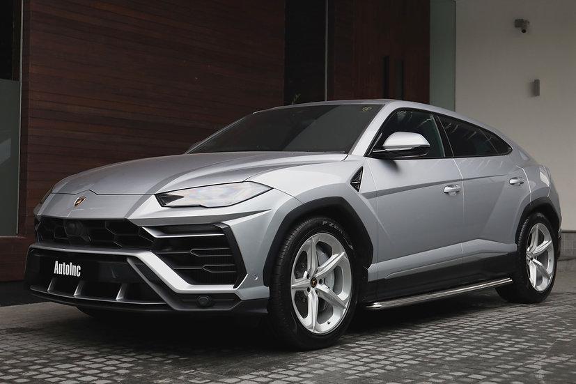 2018 Oct Lamborghini Urus