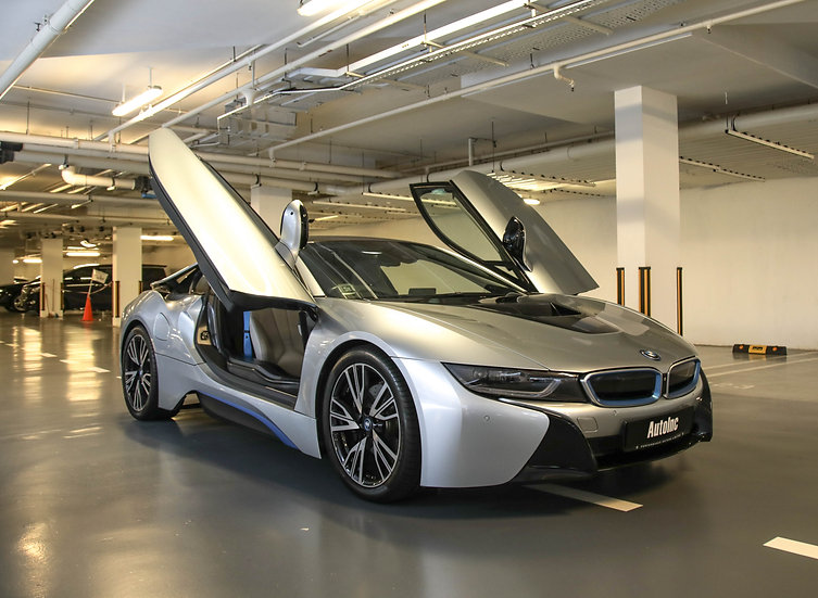 2014 Dec BMW i8