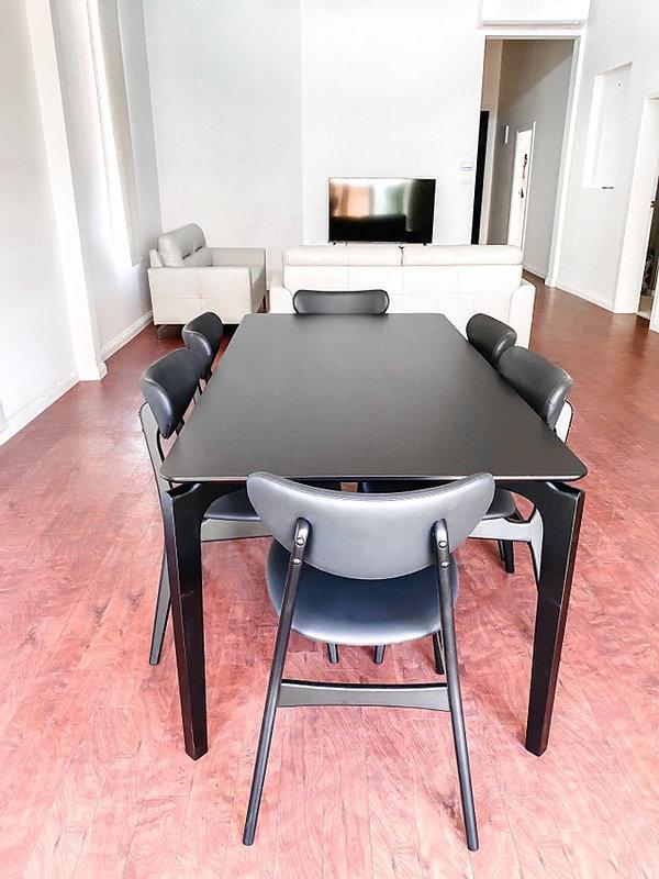 mari.table.jpg