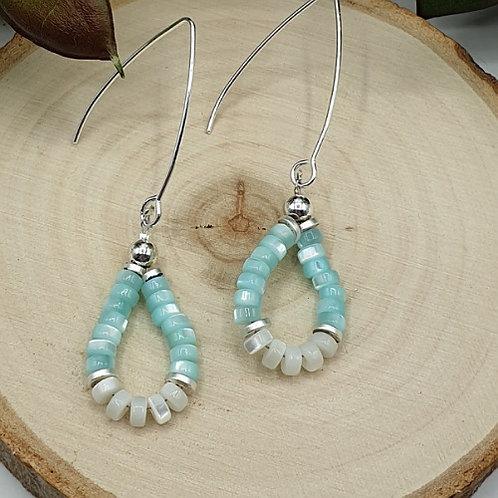 Boucles d'oreilles en argent et perles en coquillages