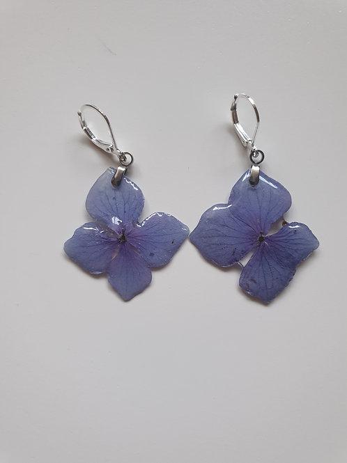 Boucles d'oreilles en argent et fleur d'hortensia