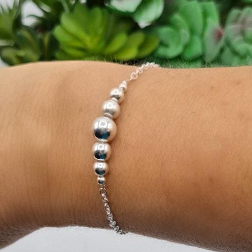 Bracelet de 5 perles en argent