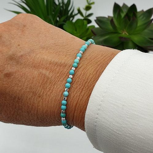 Bracelet en perles de turquoise et argent