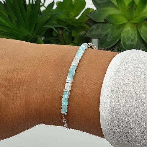 Bracelet en argent et perles en coquillage