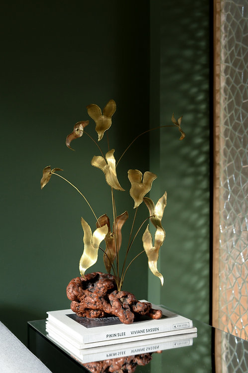 Brutalist Philodendron sculpture