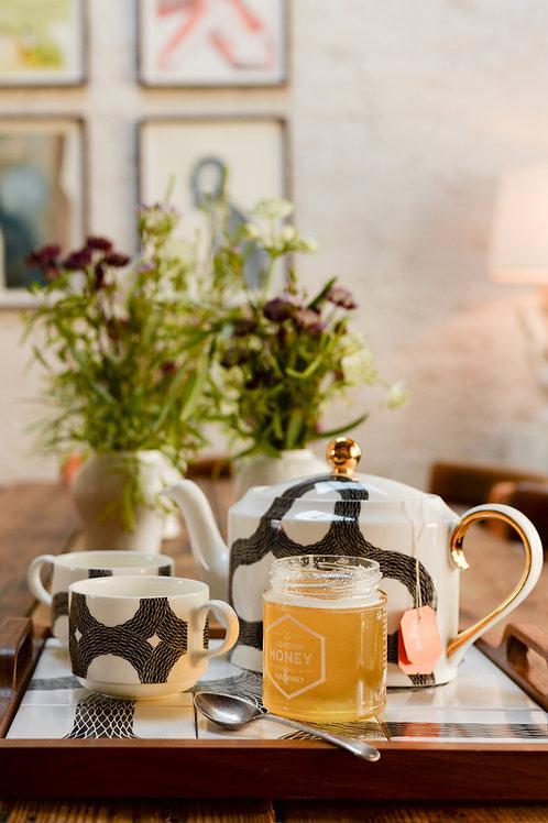 Ouroboros Tea Set by Peter Ibruegger