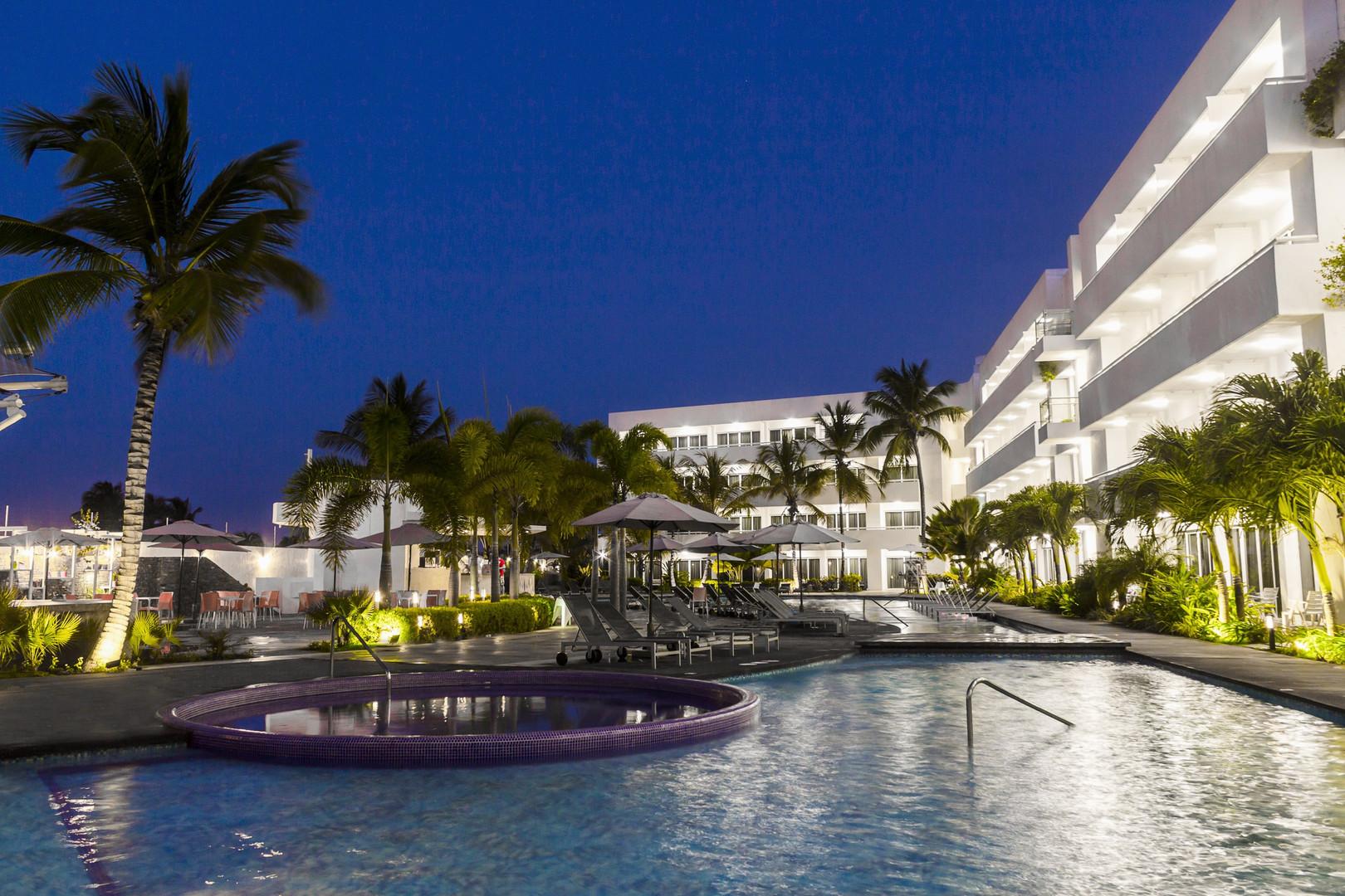 ld plus palm beach 0-min.jpg