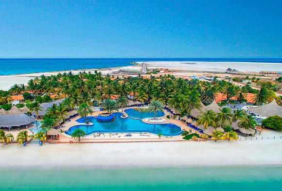 Hotel-sunsol-punta-blanca-isla-de-coche-