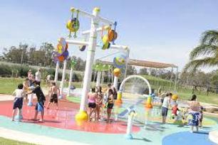 Aquamoves splash park.jpg