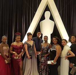 Nia Group pic at Oscars.jpg