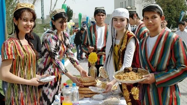 Таджикским студентам запретили новогодние вечеринки