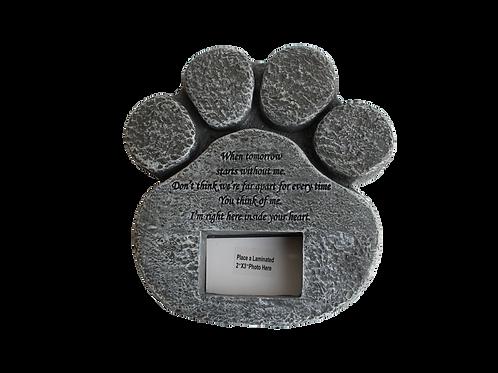 Pierre commémorative pour l'extérieur ou l'intérieur, en résine en forme de patte couleur grise when tomorrow starts without