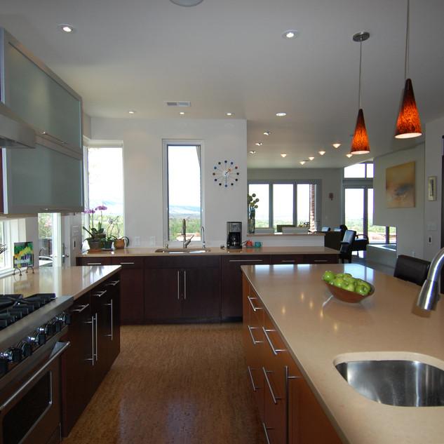 3055 kitchen.jpg