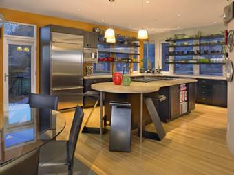 3rd_kitchen.jpg