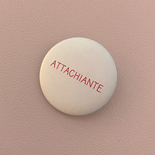 Badge Attachiante Rose Ultra Pâle