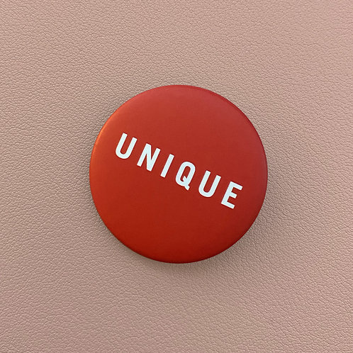 Badge Unique Rouge