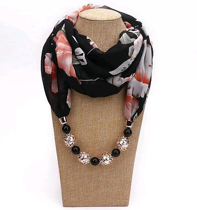 Foulard pendentif en soie