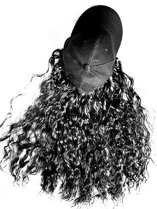 Casquette perruque frisée synthétique