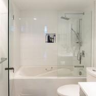 BespokeBurnaby-BathroomAfter.jpg