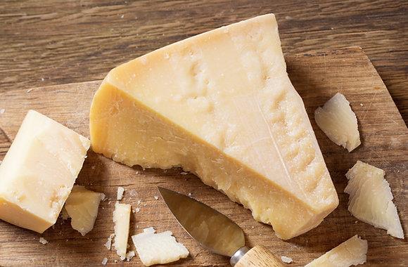 Parmigiano Reggiano - Approx 400g