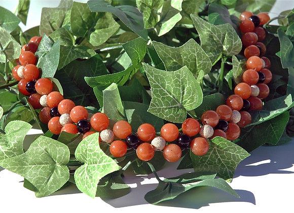 Black & Tan Berries Necklace
